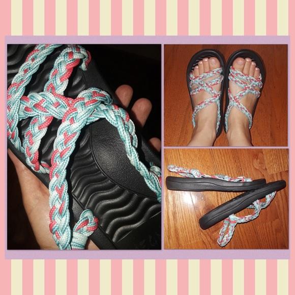Shoes - Strappy Flip Flops/Sandals